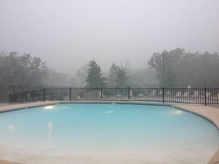 The Vineyards pool